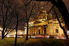 Night view of St. Isaac's cathedral in St. Petersburg, Russia Stock Photography