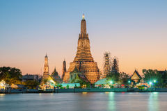 Night view of Wat Arun temple and Chao Phraya River, Bangkok, Th Royalty Free Stock Photos