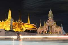 Nightlife. Thai temple in the night Royalty Free Stock Photography