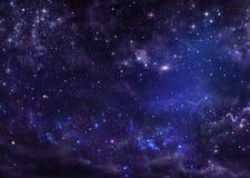 Nightly stjärnklar himmel Royaltyfri Bild
