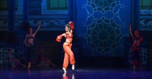 """ Nights†""""One тысячи и одного балета танцора живота Стоковое Фото"""