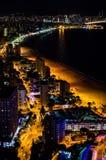Nightscape в Benidorm, Испании стоковые изображения