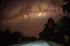 Nightscape, звезда, milkyway стоковые изображения rf
