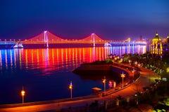 Nightscape моста переправы Стоковая Фотография RF