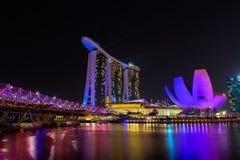 Nightscape песка залива Марины Сингапура Стоковые Изображения