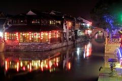 Nightscape antique d'architecture de la Chine Photos libres de droits