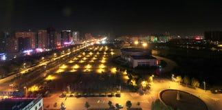 Nightscape av den luoyang staden Royaltyfria Foton