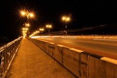 Nightscape av den Phaya Mang Rai bron Royaltyfria Bilder