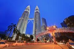 Nightscape av Petronas tvillingbröder Royaltyfri Foto