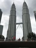 Nightscape av Petronas tvillingbröder Royaltyfria Bilder