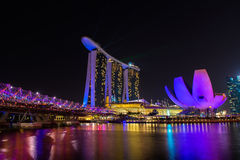 Nightscape av Singapore Marina Bay Sand Arkivbilder