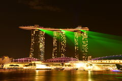 Nightscape av Singapore Marina Bay Sand Arkivfoton