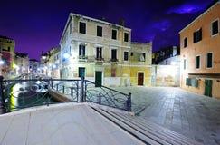 Nightscape av Venedig Royaltyfri Bild