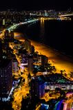 Nightscape in Benidorm, Spanje stock afbeeldingen