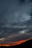 Nightscape com o céu azul dramático Imagens de Stock