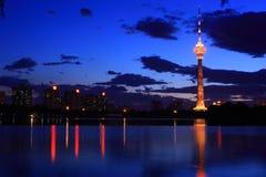 Nightscape van de toren van kabeltelevisie, Peking Royalty-vrije Stock Fotografie