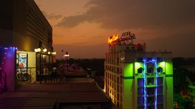 Nightscene με το καπάκι επάνω στα κτήρια στο Madurai, Ινδία στοκ εικόνα