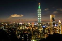 Nightshot de Taipei 101 fotos de archivo