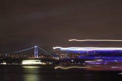 Nightshot mit Neonlicht lizenzfreies stockfoto