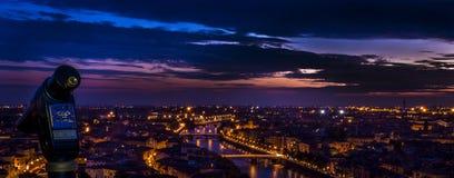 Nightsky sopra Verona. Immagini Stock