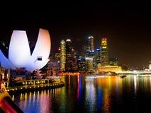 Nighttime на музее ArtScience, песках залива Марины, Singapore-12 Стоковое Фото