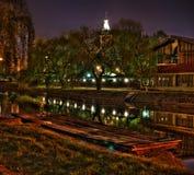 nighttimereflexioner Fotografering för Bildbyråer