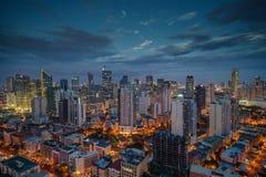 Nightview горизонта города Манилы, Манила, Филиппины Стоковая Фотография RF