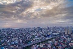 Nightview da skyline da cidade de Manila, Manila, Filipinas Fotografia de Stock Royalty Free