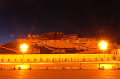 Nightview van Paleis Potala Stock Foto