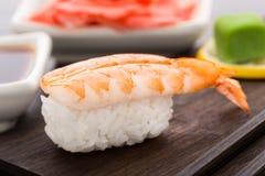 Nigiri寿司用虾 免版税库存照片