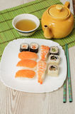 Nigiri και σούσια Στοκ Φωτογραφίες