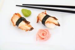 Nigiri da enguia, sushi Alimento japonês tradicional Fotos de Stock Royalty Free