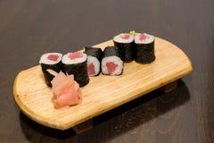 Nigiri dei sushi - alimento giapponese Immagine Stock