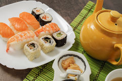 Nigiri und Sushi Stockbild