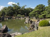 Nijo-jo城堡池塘 库存图片