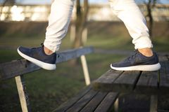 Nike Roche Biega 2 buta w ulicie Fotografia Royalty Free