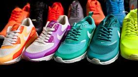 Nike trägt Schuhe zur Schau Lizenzfreie Stockfotografie