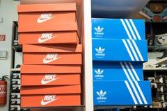 Nike y Adidas Foto de archivo libre de regalías