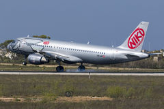 Niki A320 auf Schlüssen Stockbild