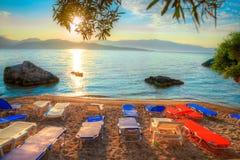Nikianastrand bij zonsopgang in het eiland van Lefkada, Griekenland Royalty-vrije Stock Foto's