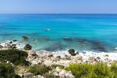 贴水Nikitas海滩,莱夫卡斯州,爱奥尼亚人海岛 免版税库存图片
