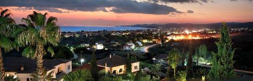 Nikiti miasteczko, Chalkidiki, Grecja, odgórnego widoku panoramy pejzaż miejski wewnątrz zdjęcie stock