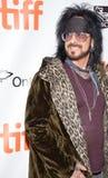 Nikki Sixx пестрого Crue на премьере на международном кинофестивале Торонто в Торонто Стоковая Фотография