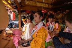 NIKKO, ЯПОНИЯ - 16-ОЕ АПРЕЛЯ: Люди Nikko празднуют festiva Yayoi Стоковые Фото