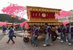 NIKKO, ЯПОНИЯ - 16-ОЕ АПРЕЛЯ: Люди Nikko празднуют festiva Yayoi Стоковые Изображения RF