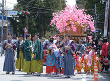 NIKKO, ЯПОНИЯ - 16-ОЕ АПРЕЛЯ: Люди Nikko празднуют festiva Yayoi Стоковые Фотографии RF