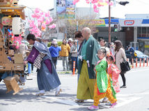 NIKKO, GIAPPONE - 16 APRILE: La gente di Nikko celebra il festiva di Yayoi Immagine Stock