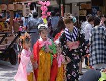 NIKKO, GIAPPONE - 16 APRILE: La gente di Nikko celebra il festiva di Yayoi Fotografia Stock