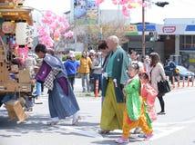 NIKKO, JAPÓN - 16 DE ABRIL: La población de Nikko celebra el festiva de Yayoi Imagen de archivo