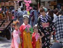 NIKKO, JAPÓN - 16 DE ABRIL: La población de Nikko celebra el festiva de Yayoi Foto de archivo